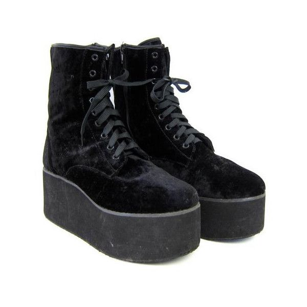 3dd5059382e 90s black PLATFORM shoes. Lace up black chunky GOTH boots. Grunge punk.