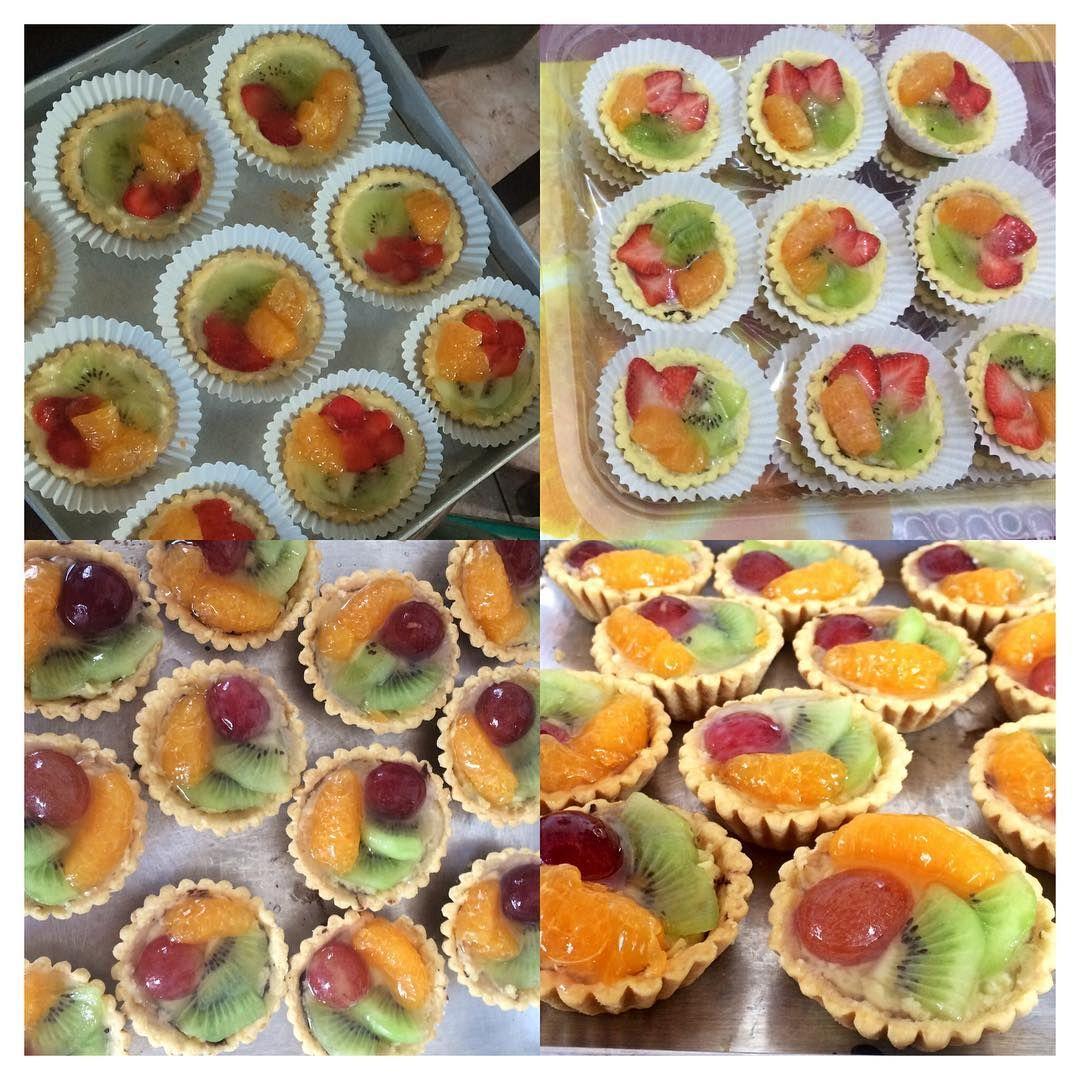 Temukan Perbedaan Ada Yg Baru Di Pie Daily Sudah Pernah Yg Topingnya Strawberrykiwijeruk Km Bisa Coba Healthy Summer Desserts Summer Desserts No Bake Pies