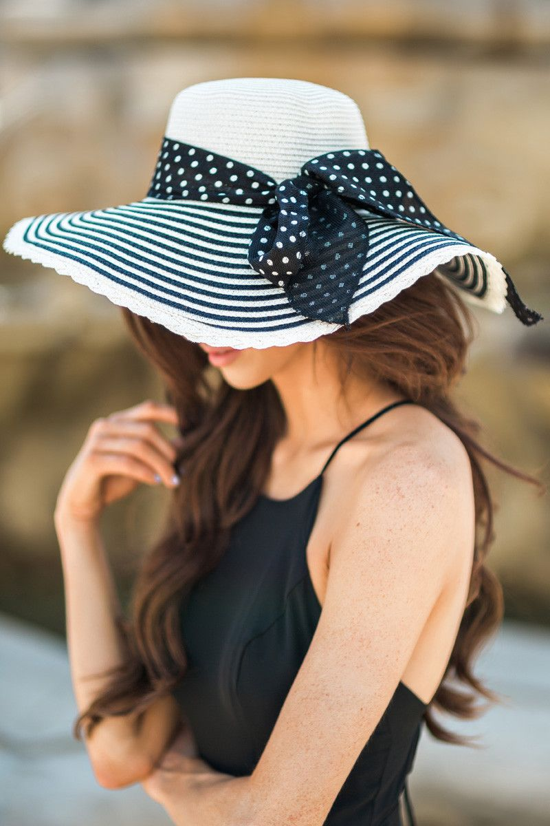 floppy hats, striped sunhats, summer outfit inspiration, beach