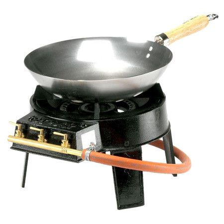 Ideal For Your Camping Holiday Or Trip To The Beach This Outdoor Wok And Gas Burner Set Is Great For Rustling Up Tasting Wok Set Pfanne Gusseisen Kochgeschirr