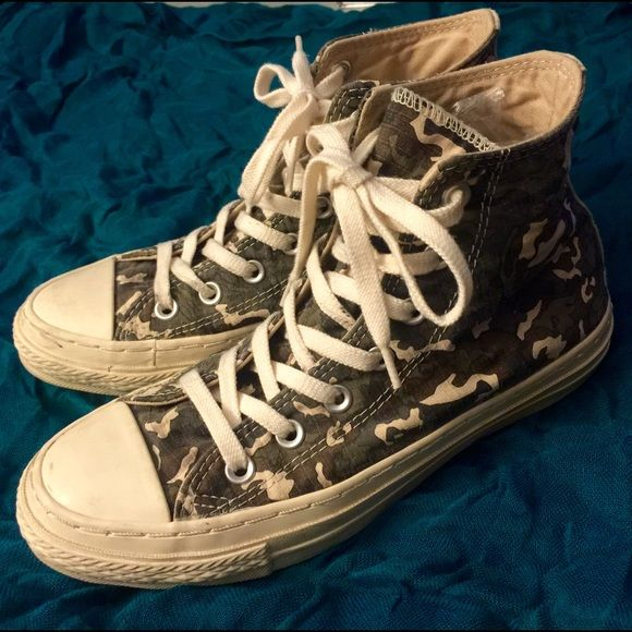 79a8f9240c33f7 Converse All Star Limited Edition Camo 7.5 8 So cool and so rare! Limited  edition made for China only-thick extra padded textured canvas with vintage  washed ...