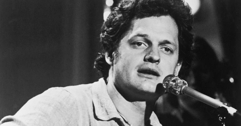 Harry Chapin S Biggest Hit By A Mile Cat S In The Cradle Discogs In December 1974 Harry Chapin S Cat S In The Cradle Was Fathers Day Songs Chapin Songs