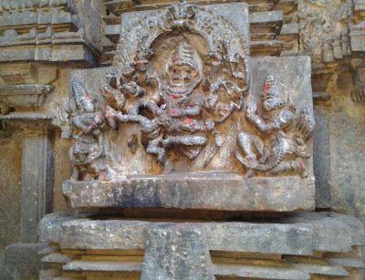 JALAN-JALAN: KIKKERI Brahmeshwara shrine