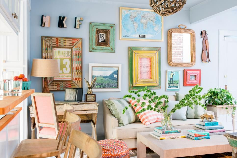 Best 14 Ways To Make A Tiny Apartment Living Room Feel So Much 640 x 480