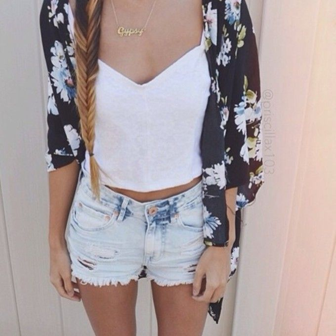 Fashionable Clothes Shoes Jeans Lipsticks Nail Polish: Blouse Gold Jewels T-shirt Summer Girl Skirt Top Jacket