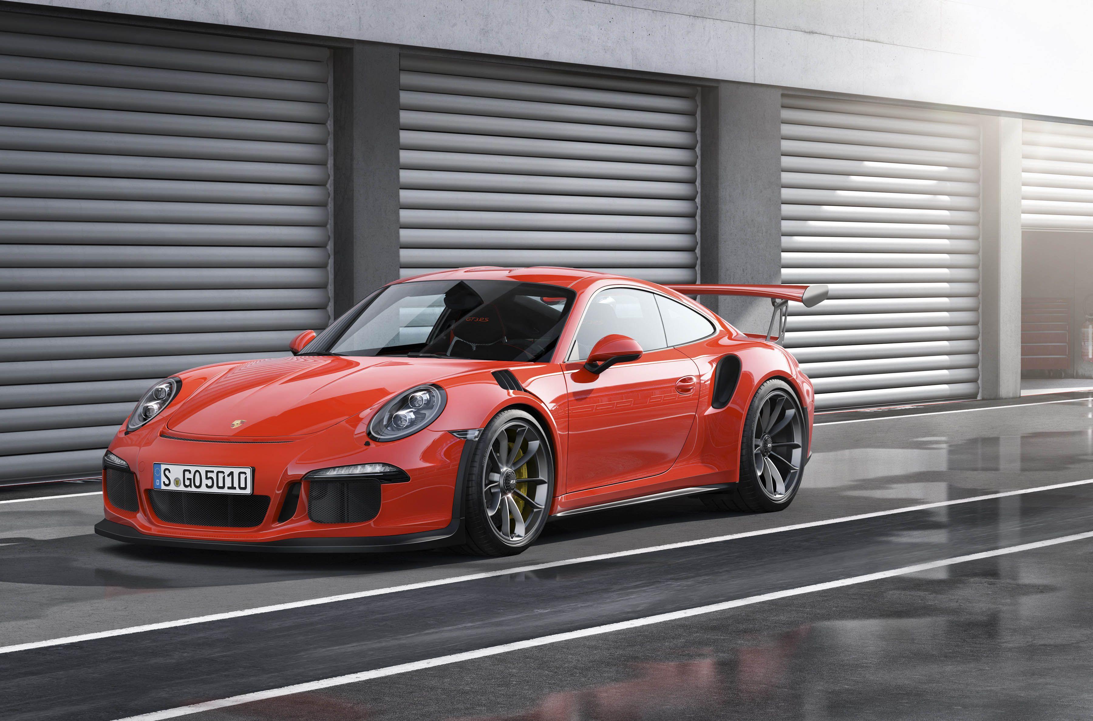 2016 911 GT3 RS in Lava Orange