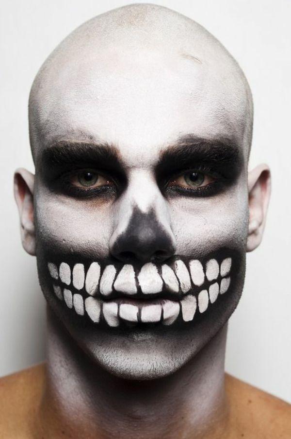 Halloween Schminke Als Zombie Auf Der Halloween Party Haunt