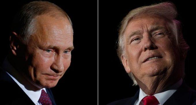 Ucraina: Trump vuole togliere le sanzioni alla Russia, McCain vuole imporle per legge. E Putin telefona alla Merkel