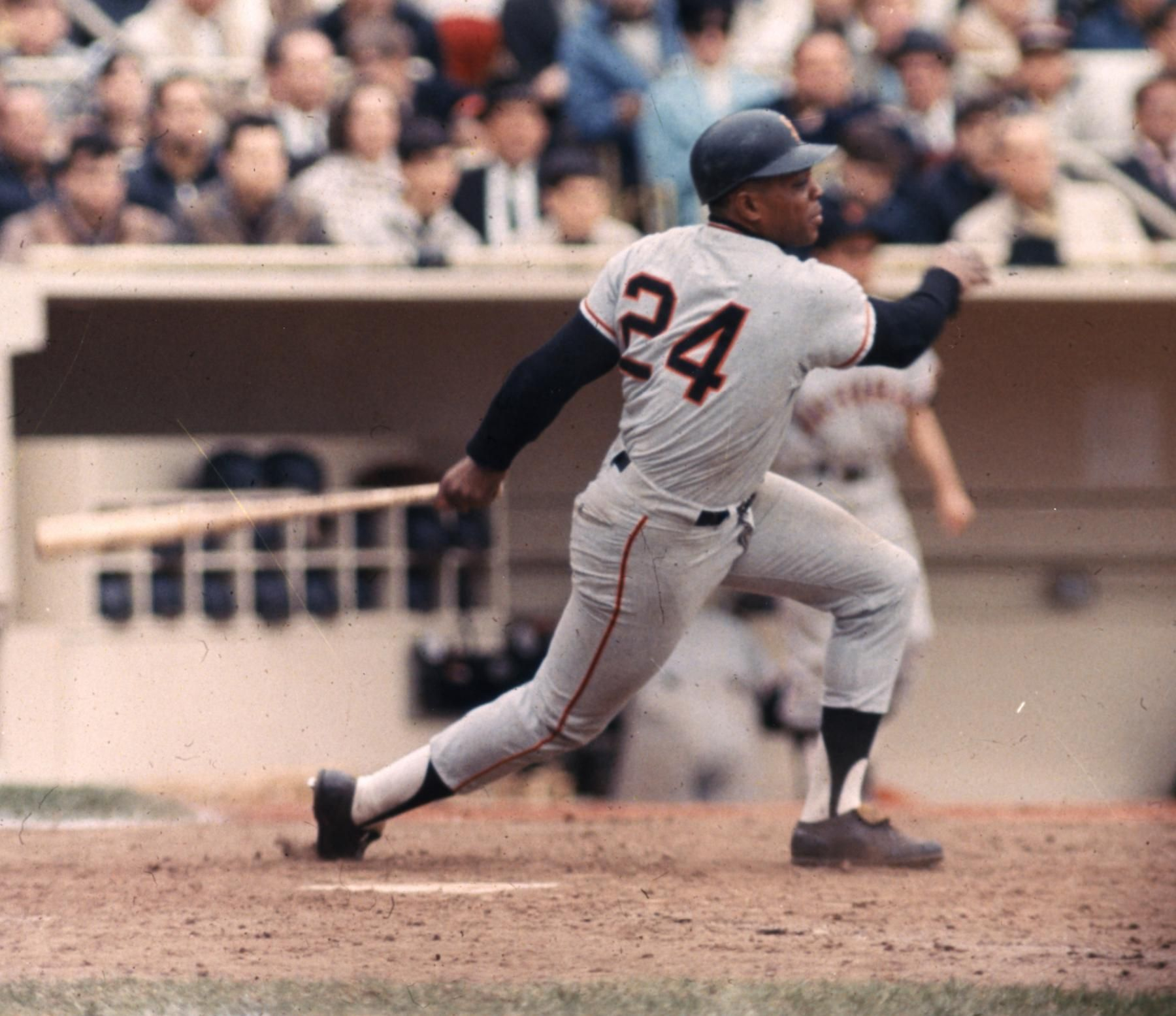 Willie Mays Hits His 512th Career Hr To Break Mel Ott S Nl Record Baseball Hall Of Fame Willie Mays Baseball Giants Baseball