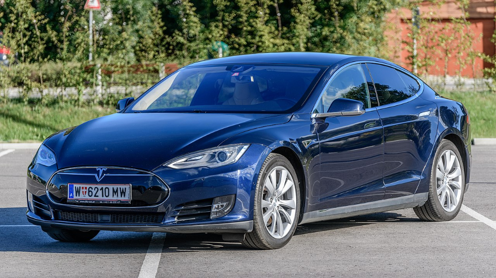 Stealing A Tesla By Relay Attack Is An Impressive But Entirely Preventable Feat Tesla Model S Tesla Tesla Model
