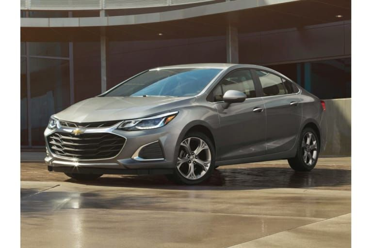 2019 Chevrolet Cruze What S Changed Chevrolet Cruze Chevy