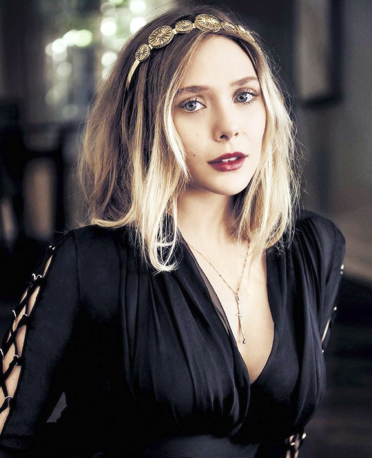 Elizabeth Olsen Photographed For Vanity Fair Italy Elizabeth Olsen Elizabeth Olsen Scarlet Witch Celebrities