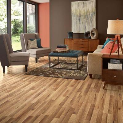 Pergo Xp Haley Oak 8 Mm T X 7 48 In W X 47 24 In L Laminate Flooring 19 63 Sq Ft Case Lf000772 The Home Depot Laminate Flooring Natural Oak Flooring Flooring Inspiration
