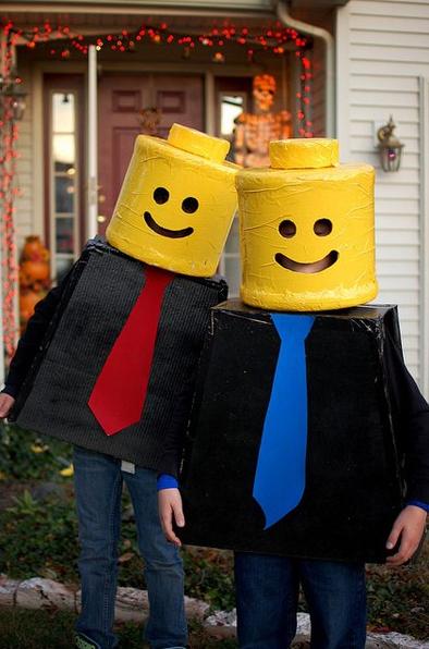 Lego man Halloween costume. Lego man Halloween costume Costumi Di ... dba3b42d57e