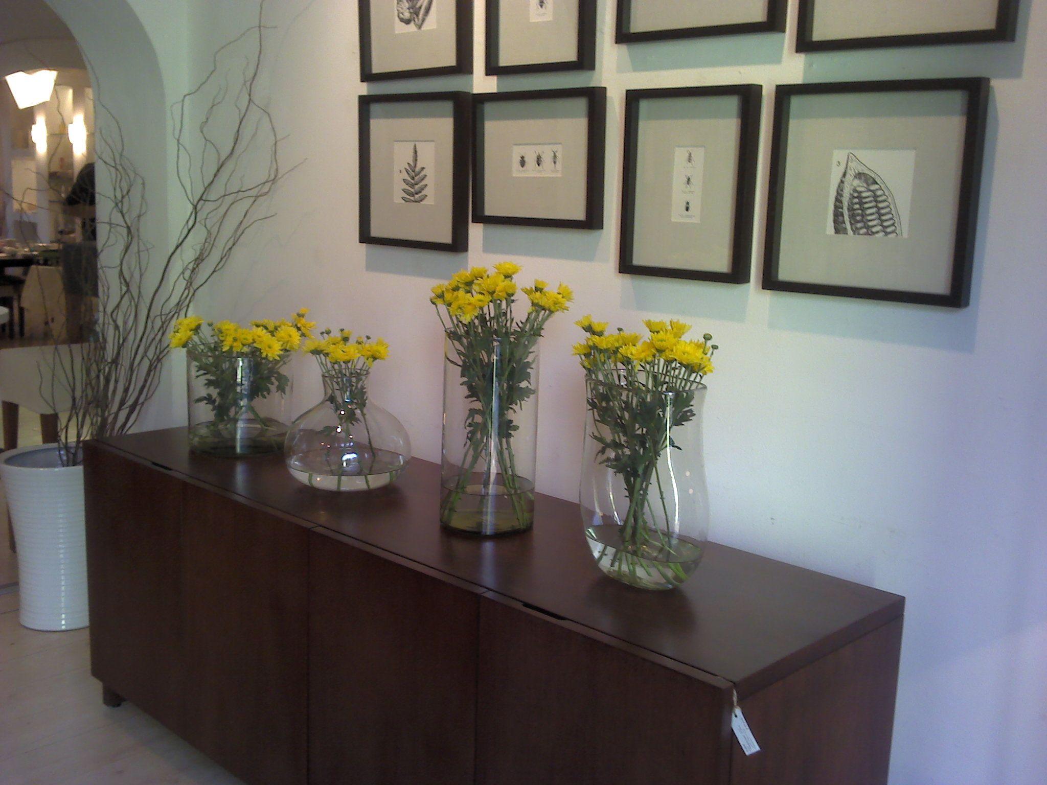Reutiliza Los Floreros Que Te Regalan En Una Composici N Hermosa  # Muebles Lijados