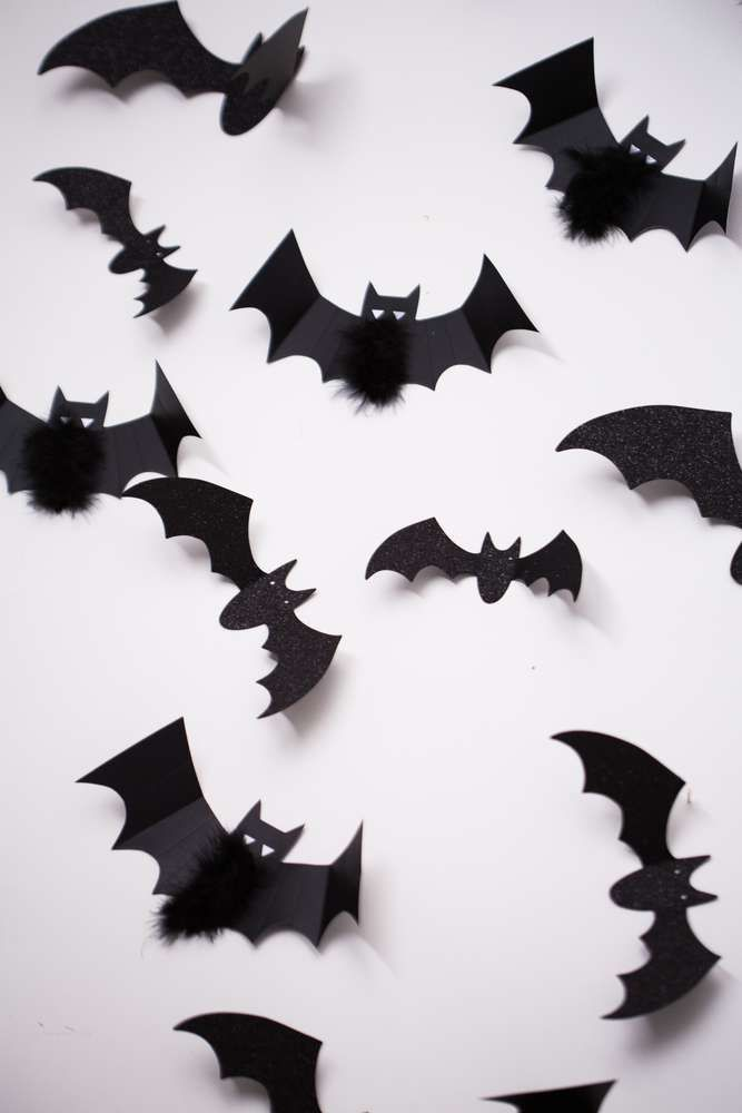 Black And White Halloween Party Ideas Photo 5 Of 13 White Halloween Party Easy Halloween Decorations Halloween Party