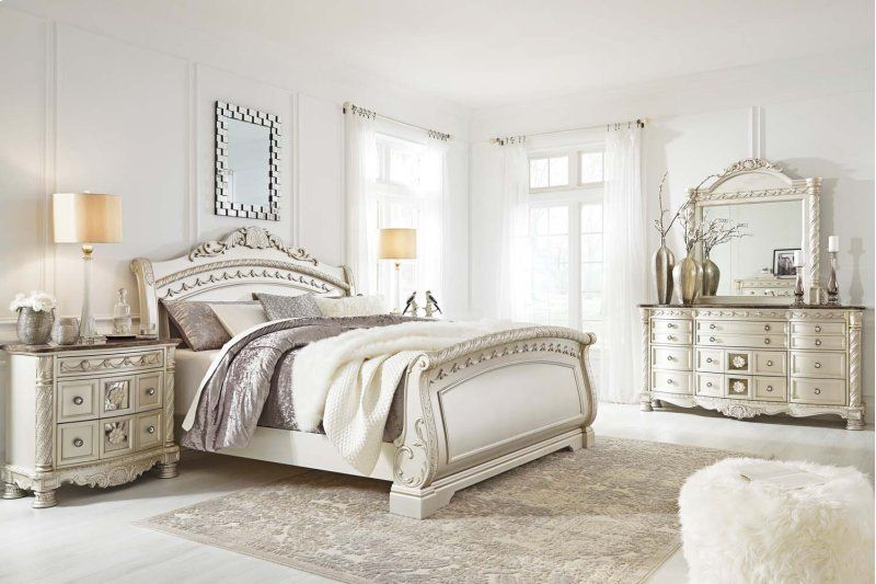 Cassimore Pearl Silver 2 Piece Bedroom Set Belle Chambre Chambre A Coucher