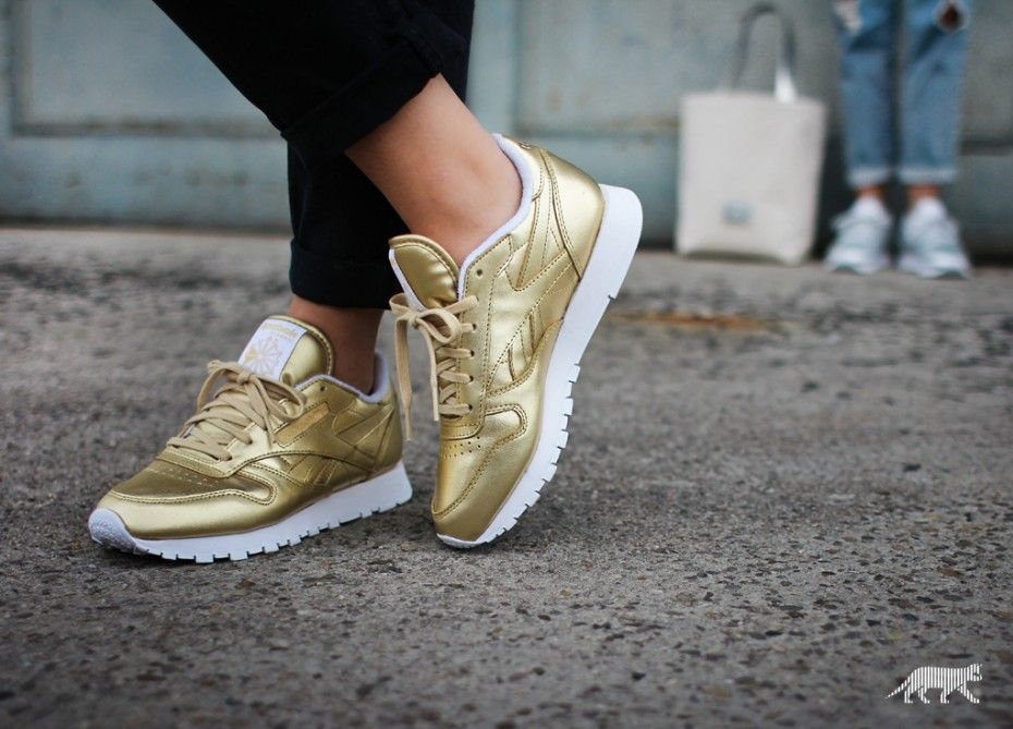 sneakers for cheap 82891 e78b8 Reebok x Face Stockholm Classic Leather Spirit (Sensation Gold   White)