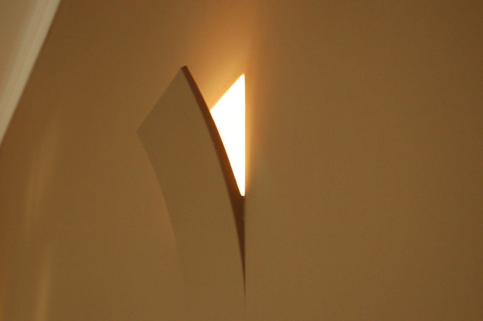 Applique moderno in gesso lampada da parete muro gesso E14