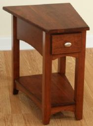Attirant Hopewood | Modern Shaker Wedge End Table