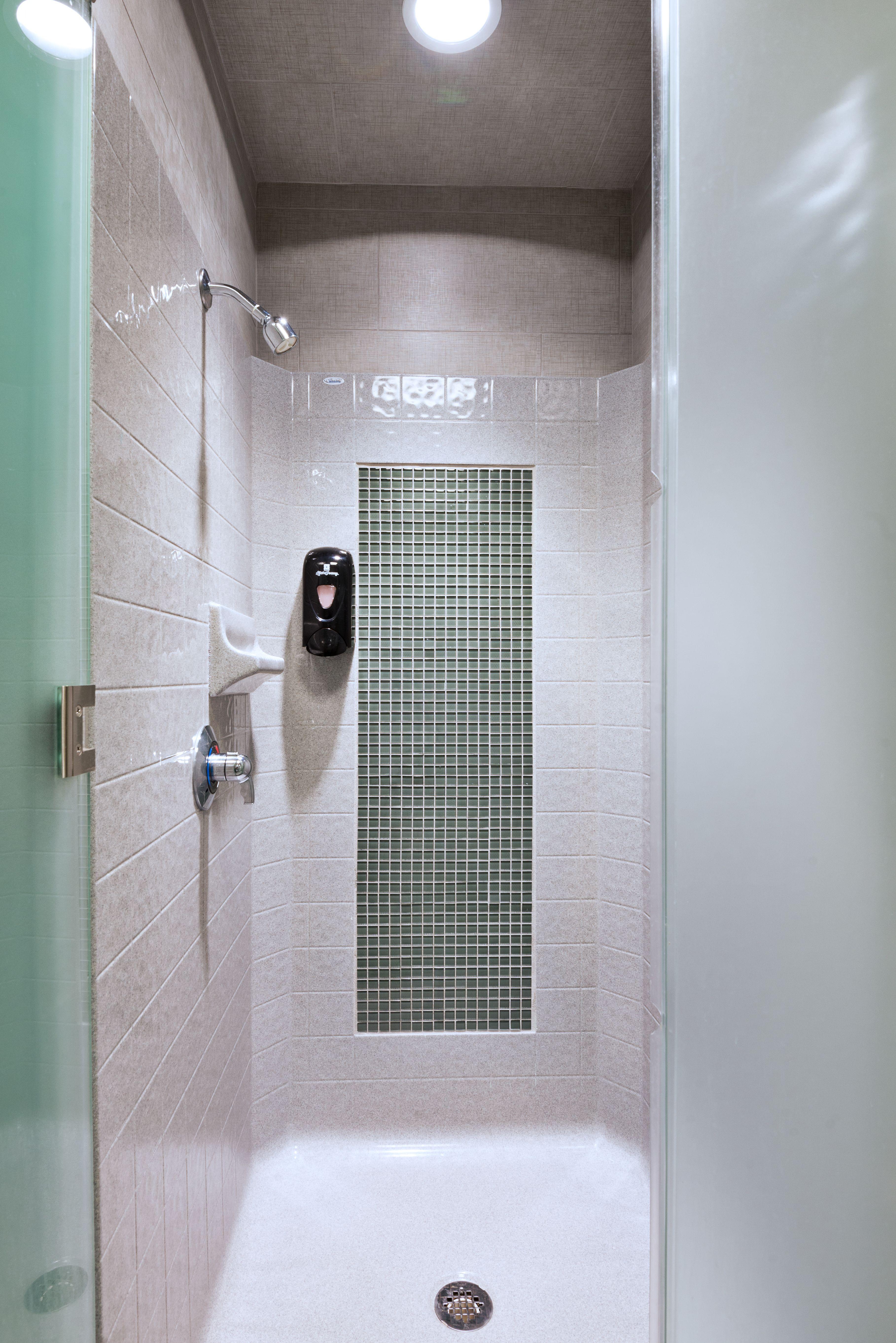 Bestbath Designer Series shower at the Healthquest Gym in ...