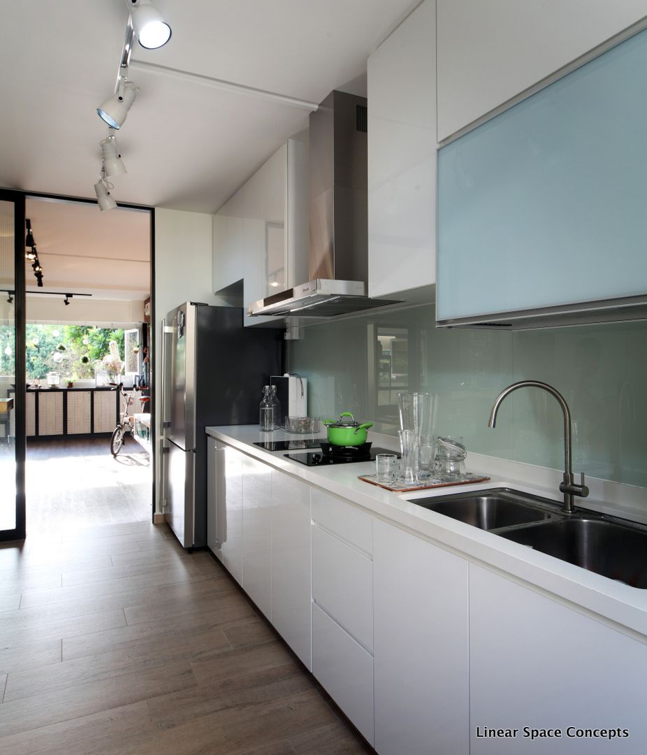 Home Design Ideas For Hdb Flats:  HDB Executive Flat #linearspaceconcepts #kitchen