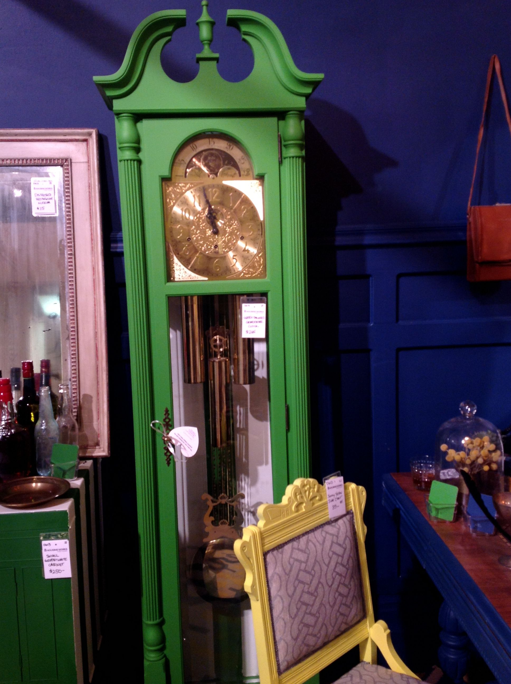 Love the green grandfather clock by Genevieve Gorder for Valspar #DOAD