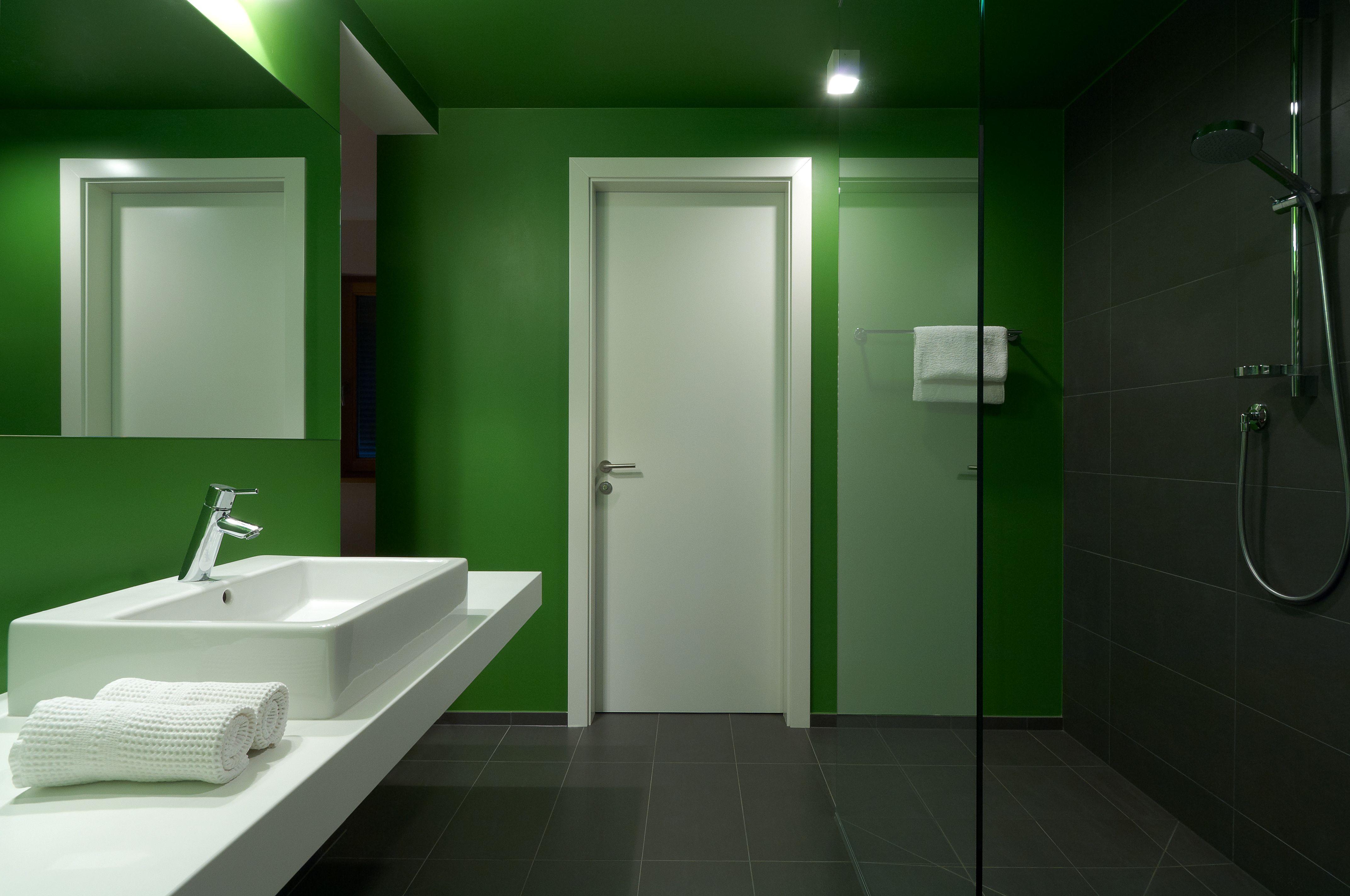 Wunderschöne Gäste-Badezimmer im Hotel Tirolerhof in Rodeneck ...