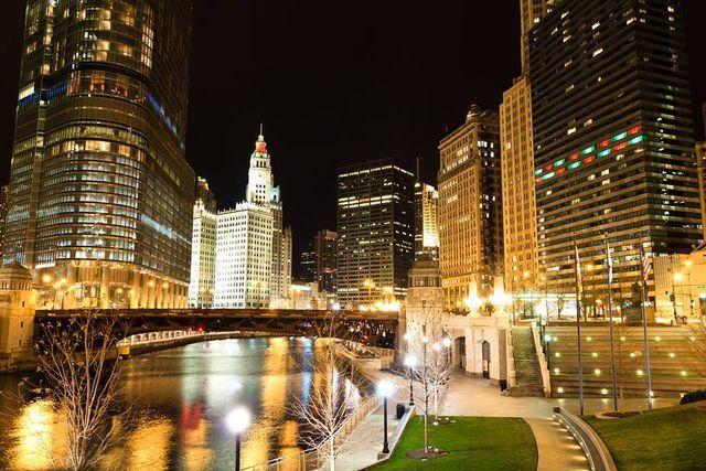 111 W Wacker Dr, Chicago, IL 60601