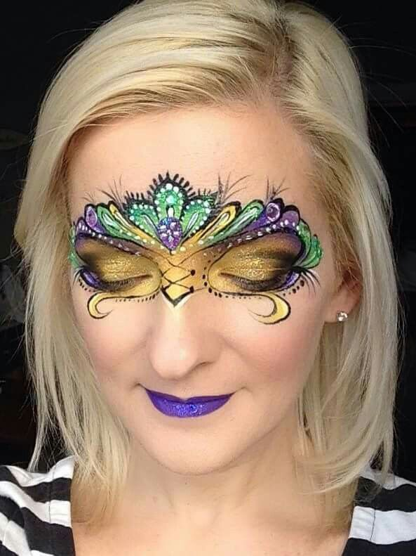 Mehron's all-inclusive Mardi Gras Makeup Kit gives you all of the makeup and tools you need to create the perfect Mardi Gras face painted mask. Includes detailed step-by-step pictorial instruction booklet created by Mehron's professional makeup artists.