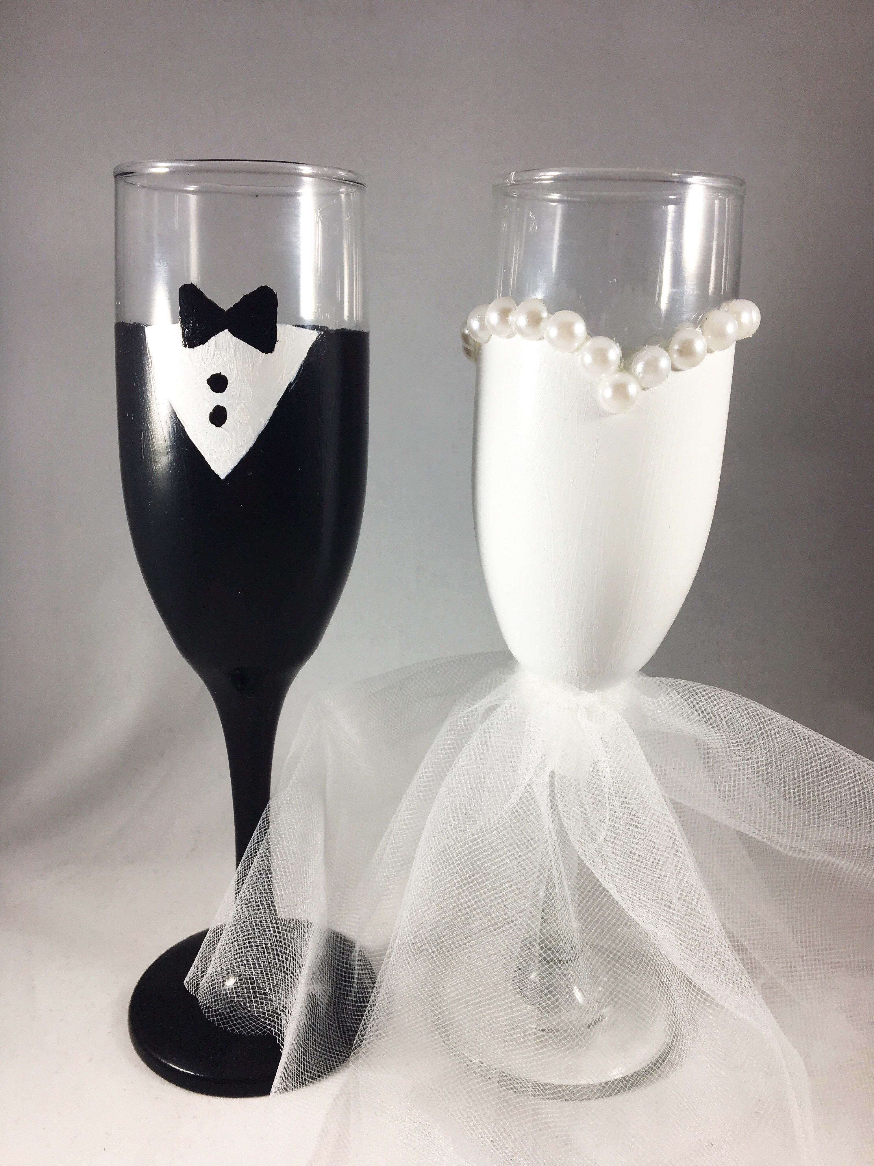 Diy Wedding Champagne Glasses Ideas Bride And Groom Glasses Wedding Bride Groom Glasses