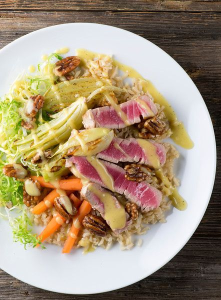 Tuna with Roasted Fennel - Looks so appetizing and fresh! from @framedcooks