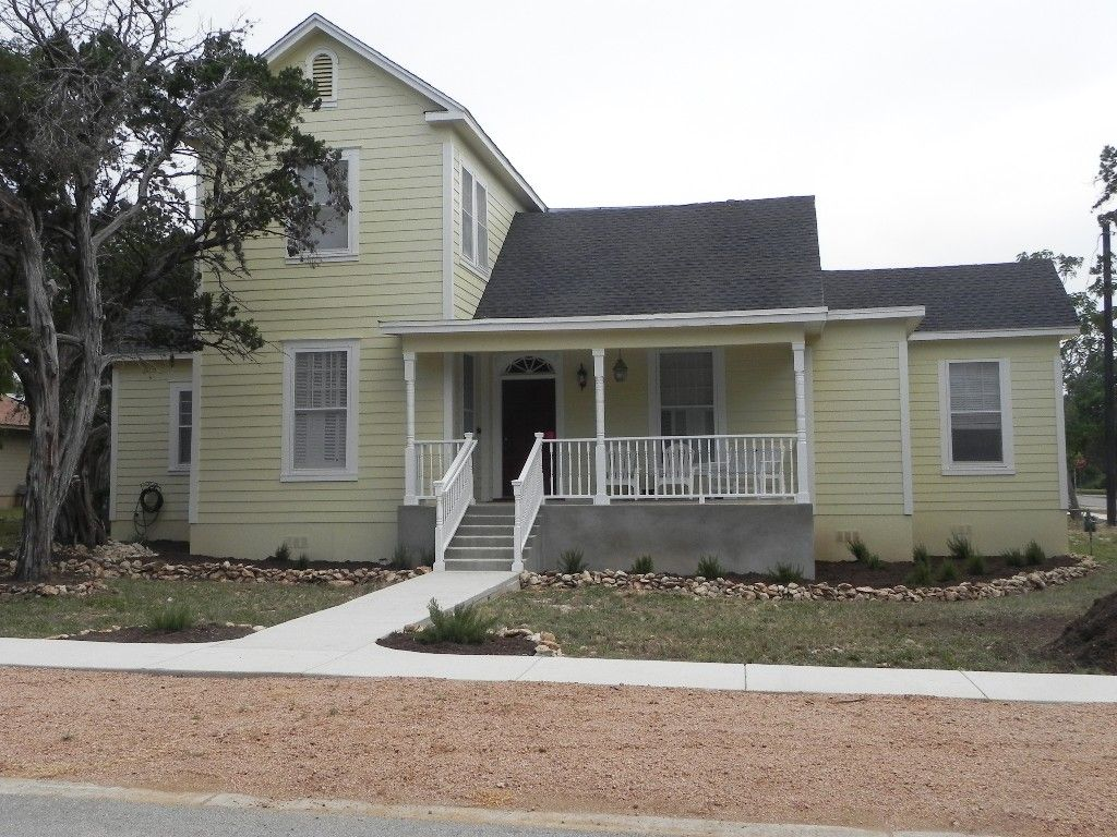 Farmhouse vacation rental in San Marcos from