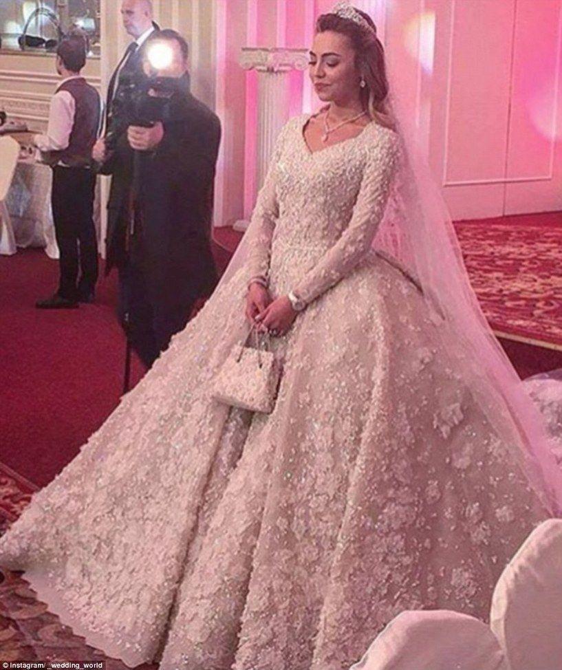 Inside an oligarch\'s multi-million-pound wedding