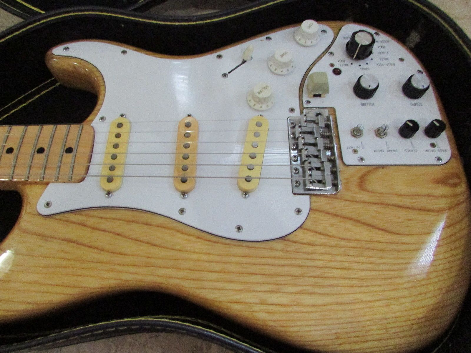 1987 Fresher Straighter Protean with built in drum machine