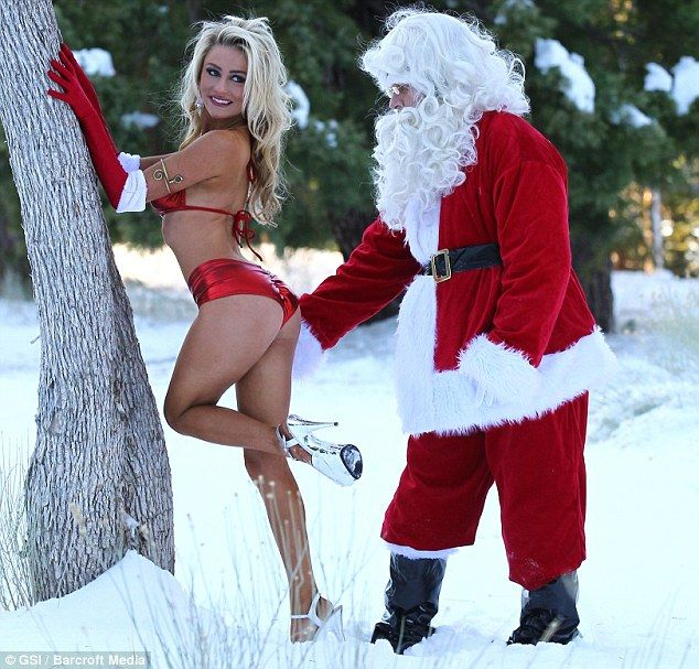 hot-santa-claus-babe