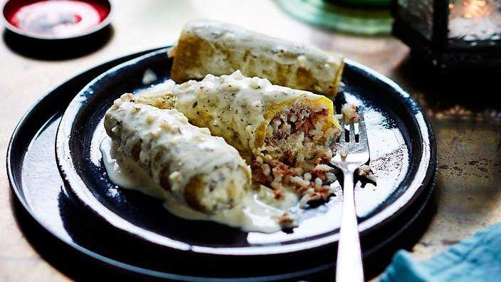 LEBANESE RECIPES: Stuffed zucchinis cooked in yoghurt (kossa mihshi bi laban) recipe