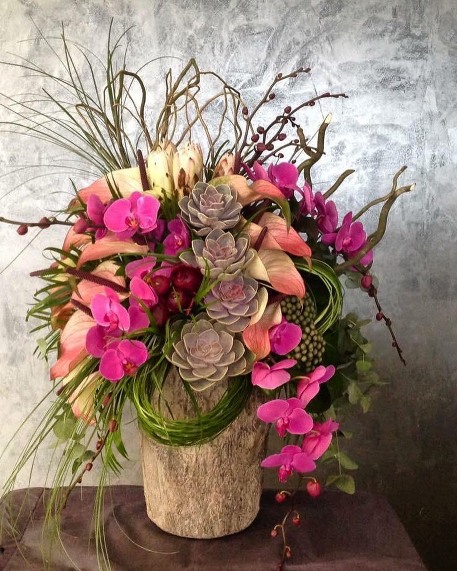 Indulge Your Imagination In Every Possible Arrangement For Inquirie Arrangement Floral Wreath Imagine