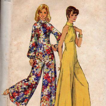 Retro Disco Fashion 70s Bell Bottom Wide Leg Jumpsuit Pantsuit Halter Bodice Bare Shoulder Empire Waist Simplicity Sewi Disco Fashion 70s Fashion Disco Fashion
