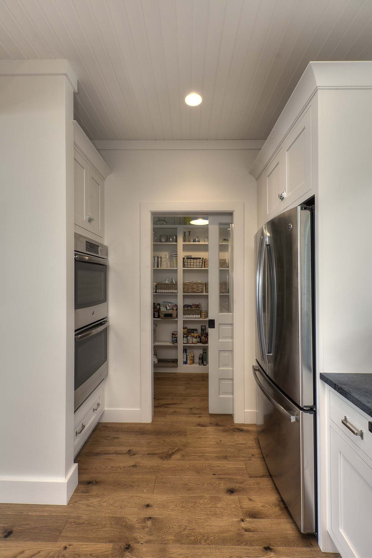 A Kitchen In Traverse City Michigan Was Designed To Supreme Perfection Angela Goodall Kitchen Design Trends Kitchen Cabinets In Bathroom Kitchen Design Small
