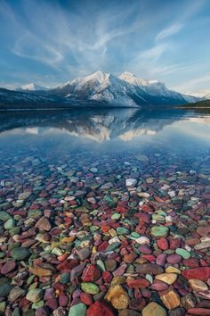 Pebble Lake Glacier National Park | Pebble Shore Lake in Glacier National Park, Montana, United States