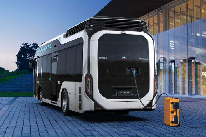 Toyota fuel cell bus Bus, Fuel cell, Toyota