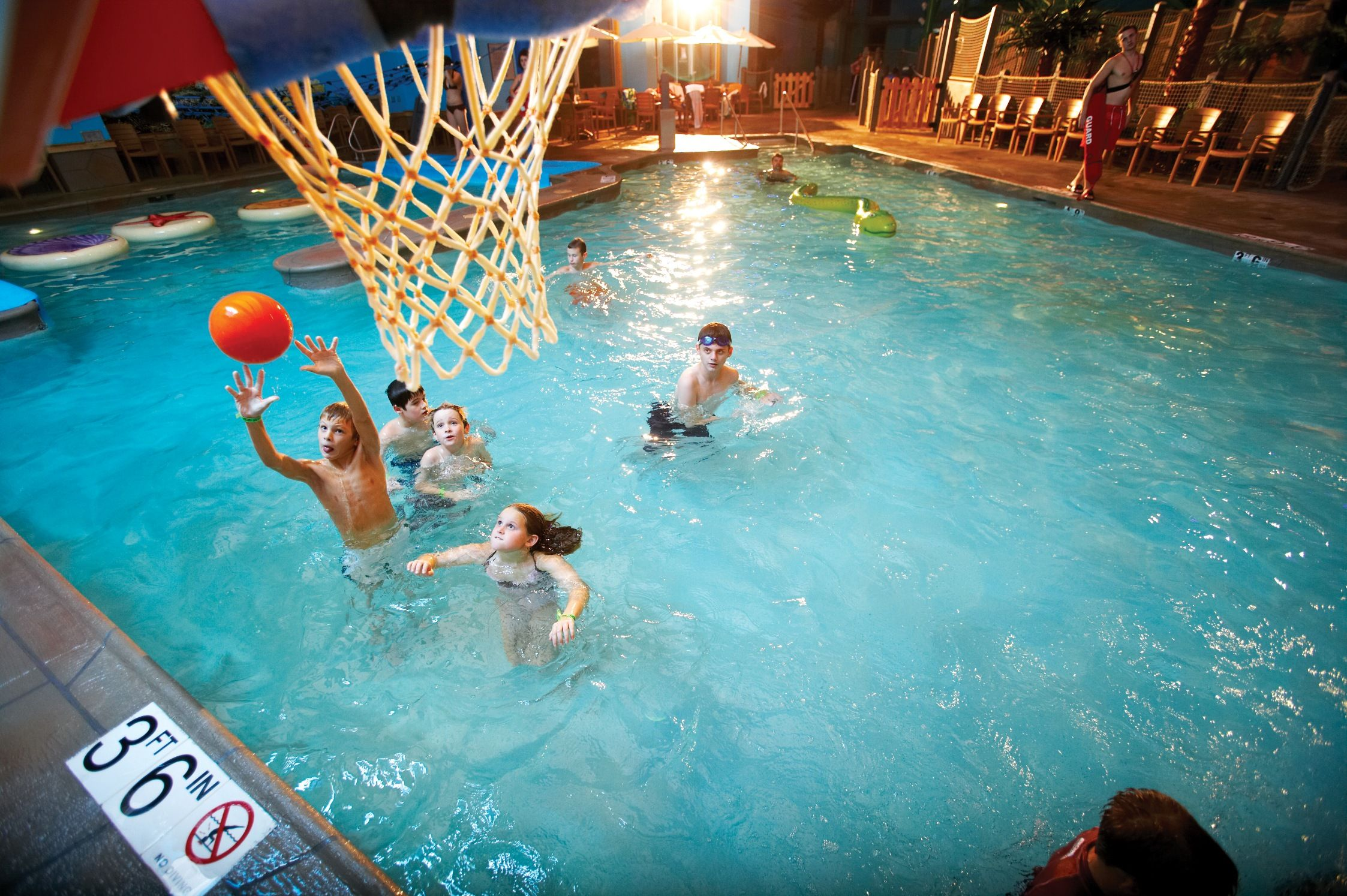 CoCo Key Water Resort - Activity Pool with Water Basketball (Omaha ...