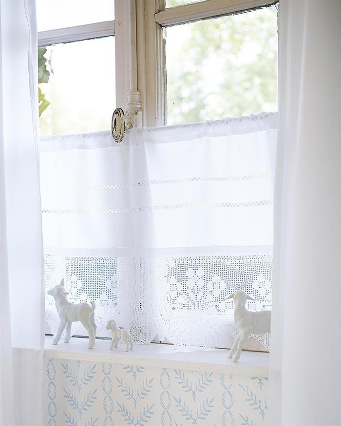 halbgardine mit hohlsaum und h kelspitze living gardinen h kelspitze und vorh nge. Black Bedroom Furniture Sets. Home Design Ideas