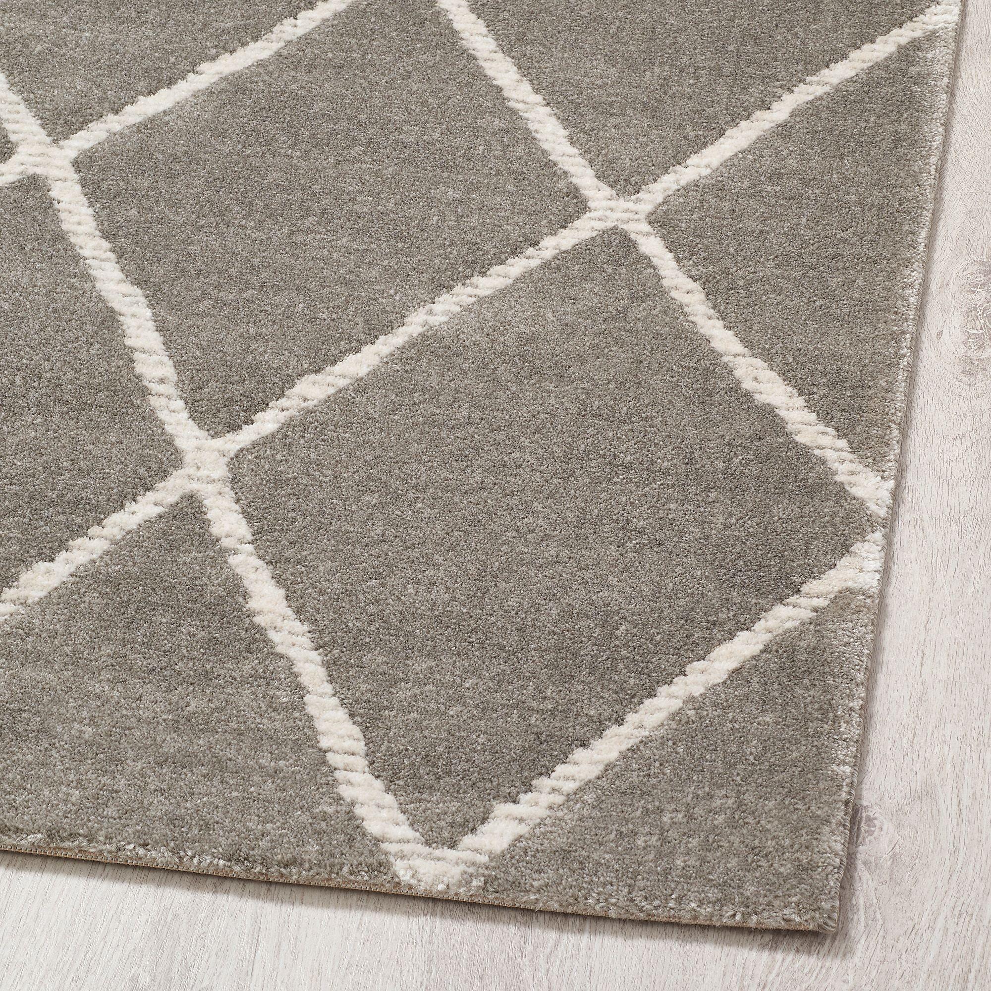 Ikea Vantore Gray White Diamond Pattern Rug Low Pile
