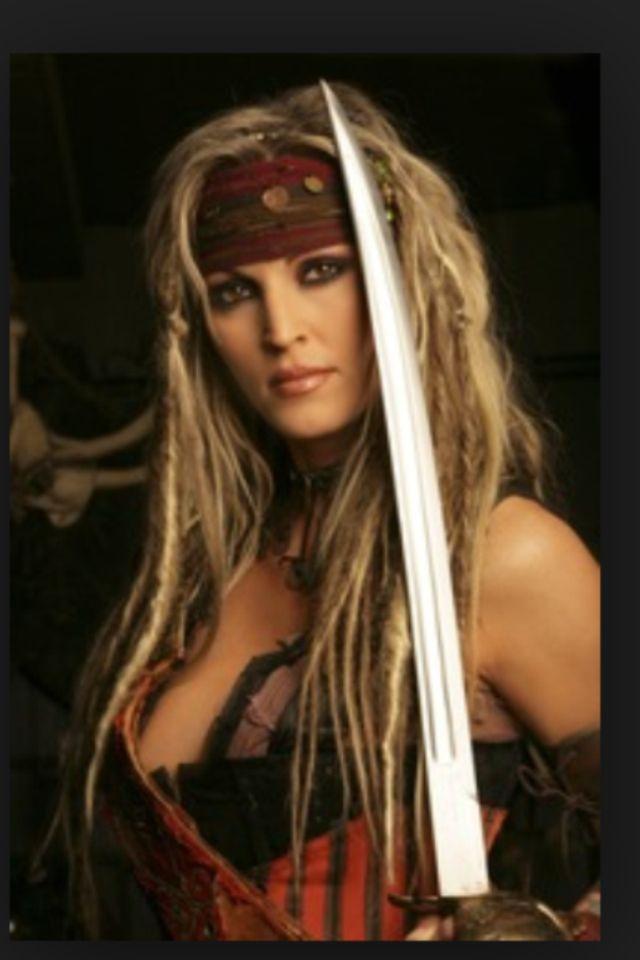 Janine Lindemulder Pirates