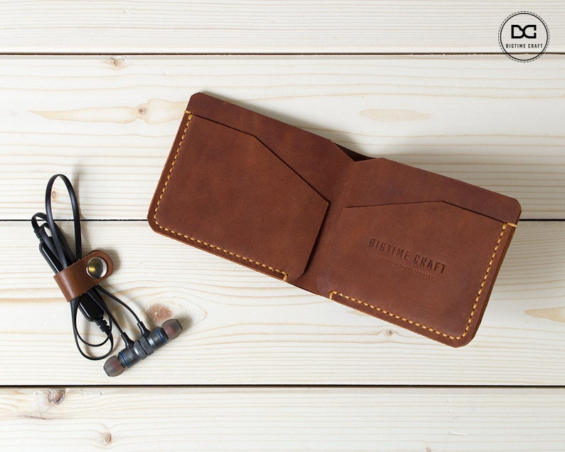 Light Brown Super Slim Bifold Wallet Etsy Leather Wallet Wallet Bi Fold Wallet
