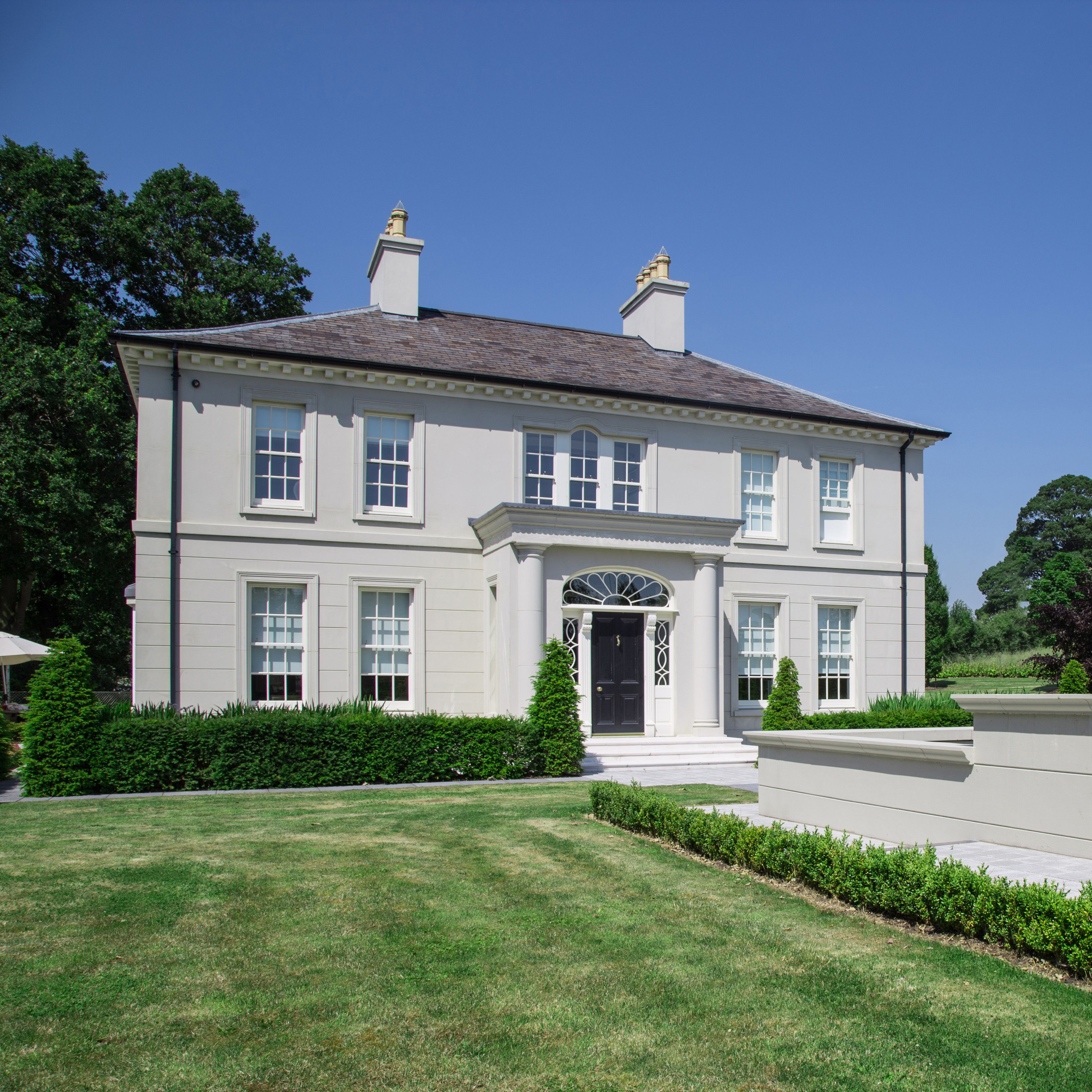 McNeice Georgian Country house #modernfarmhouseexterior