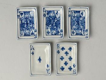 K♥ Q♣ J♠ A♦ 8♣ blue and white ceramic dishes 武者千夏子 トランプ豆皿(5客セット)