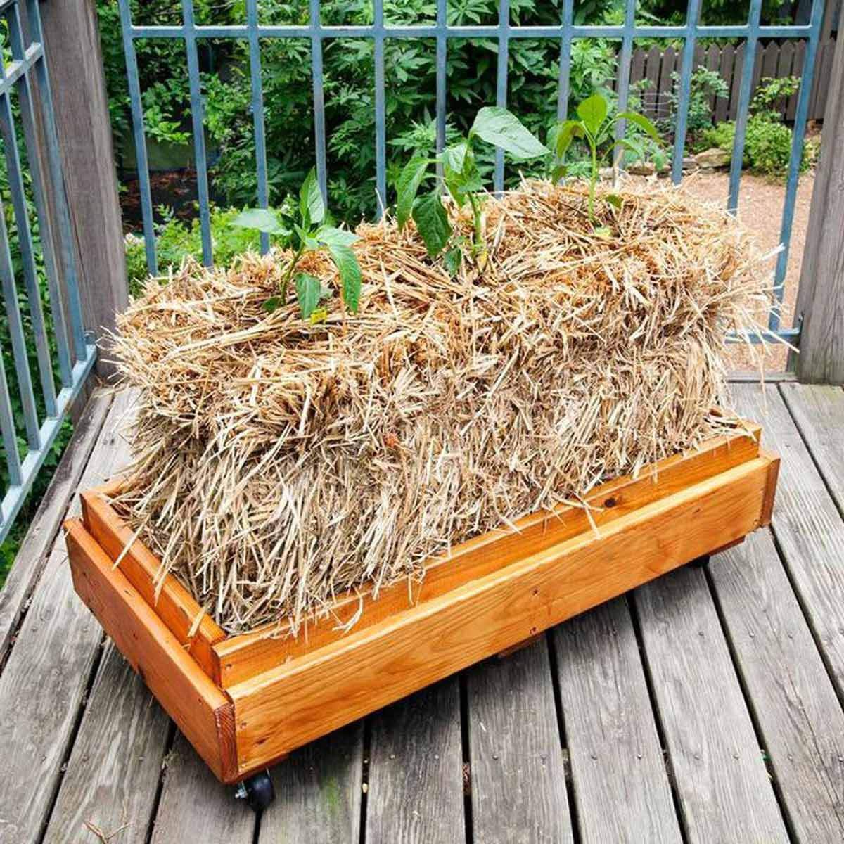 12 DIY Planter Boxes You Can Make in a Day Straw bale